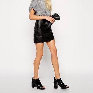 NWOT ASOS 100% Black Leather Skirt size 6